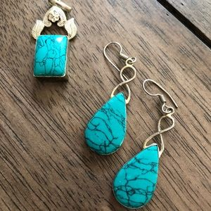 Turquoise and silver pendant and earring set